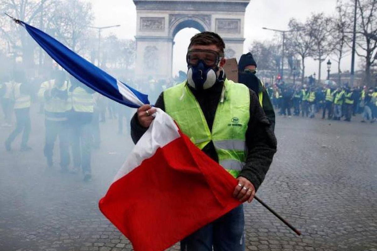 Di Maio offre supporto ai gilet gialli paragonandoli al Movimento 5 Stelle