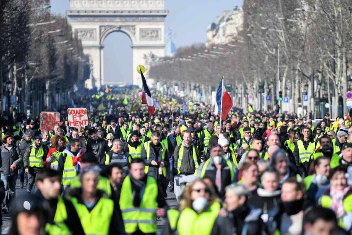 Francia: 14esimo sabato di protesta, ma il numero dei Gilet Gialli è in calo
