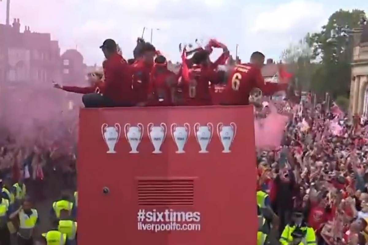 La parata dei Reds per le strade di Liverpool...