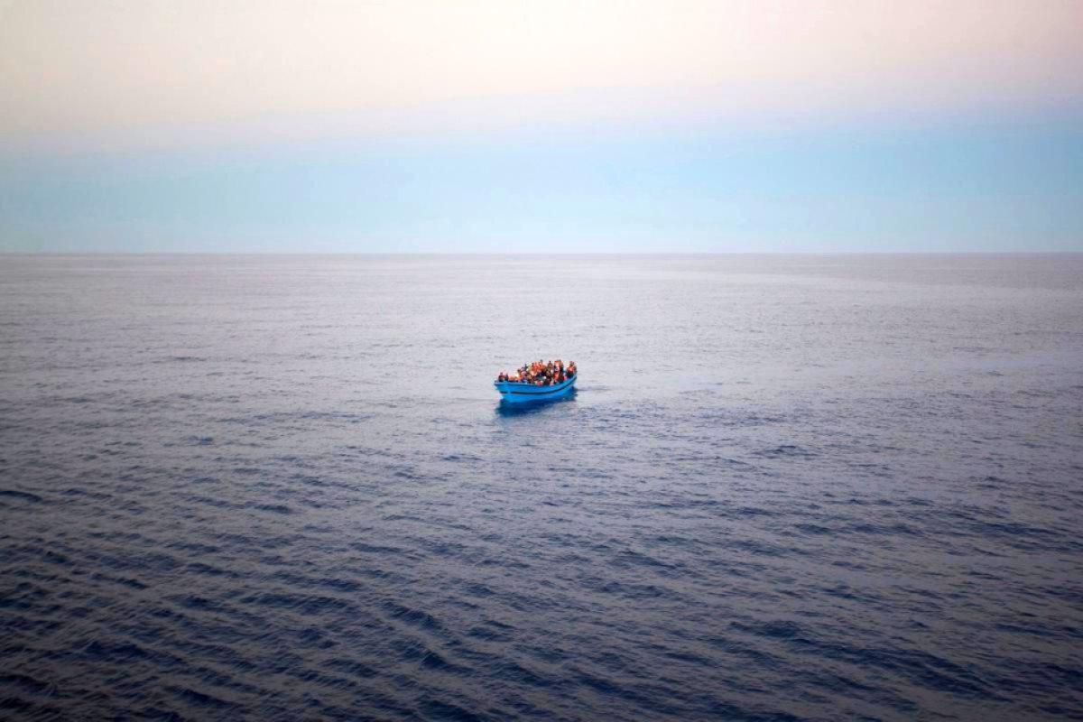 Annegate circa la metà delle 300 persone naufragate il 25 luglio al largo della Libia