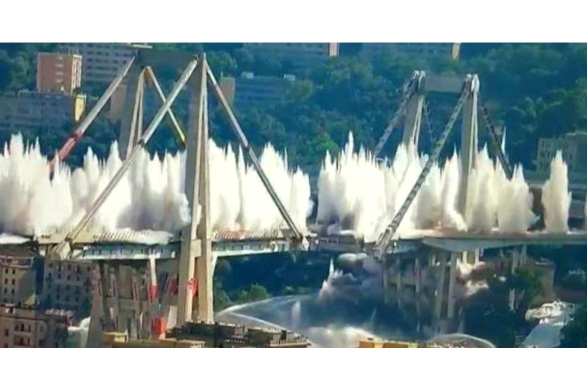 La revoca della concessione ad Autostrade ovvero la propaganda grillina sui morti del crollo del ponte Morandi