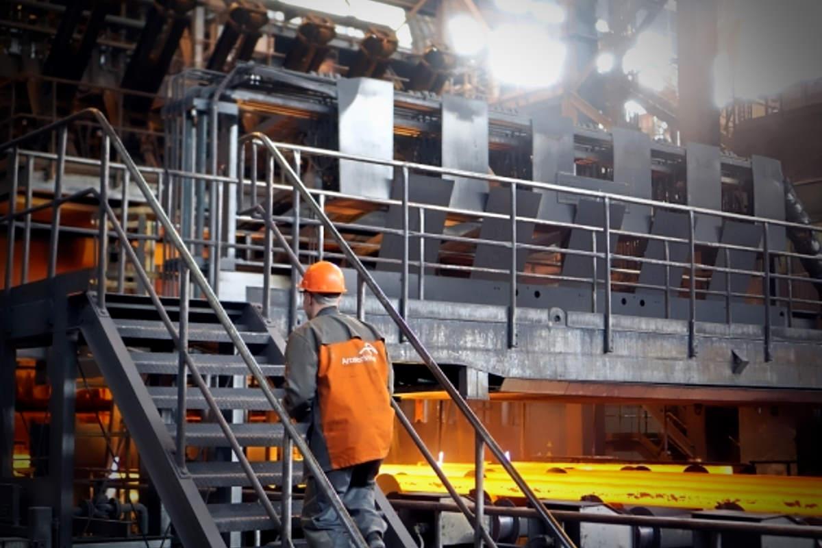 Incertezza sul futuro dell'ex Ilva dopo la revoca dello scudo ai dirigenti ArcelorMittal per la realizzazione del piano ambientale