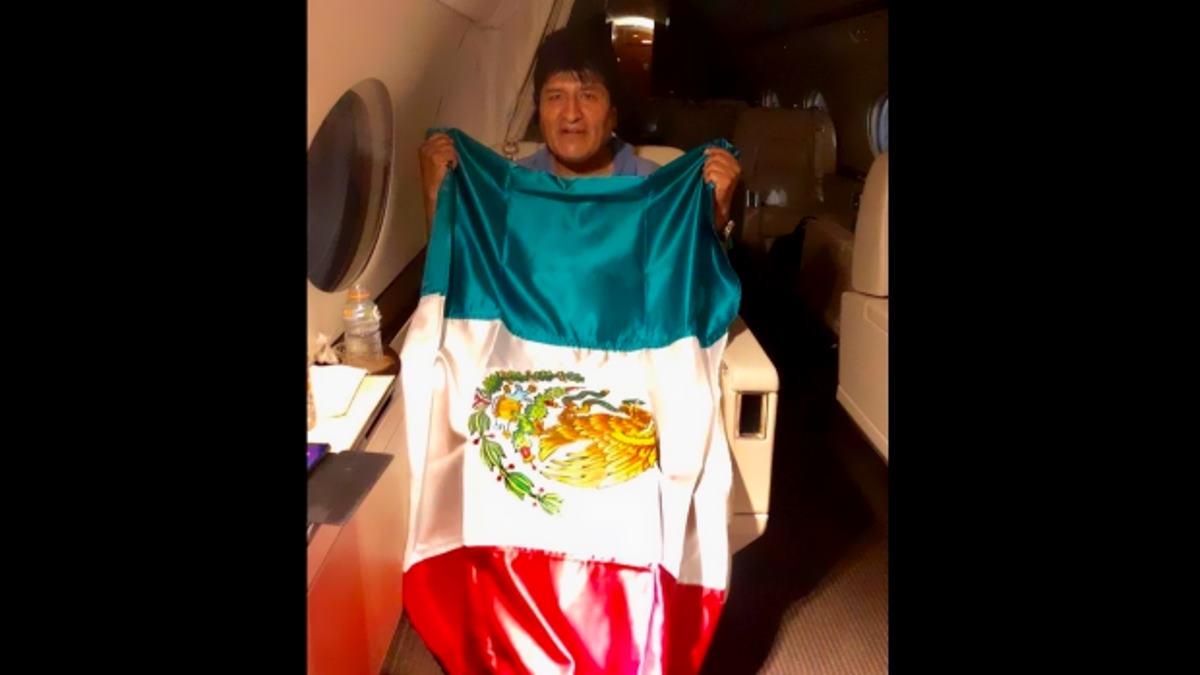 È ufficiale: colpo di Stato in Bolivia, Evo Morales si è rifugiato in Messico
