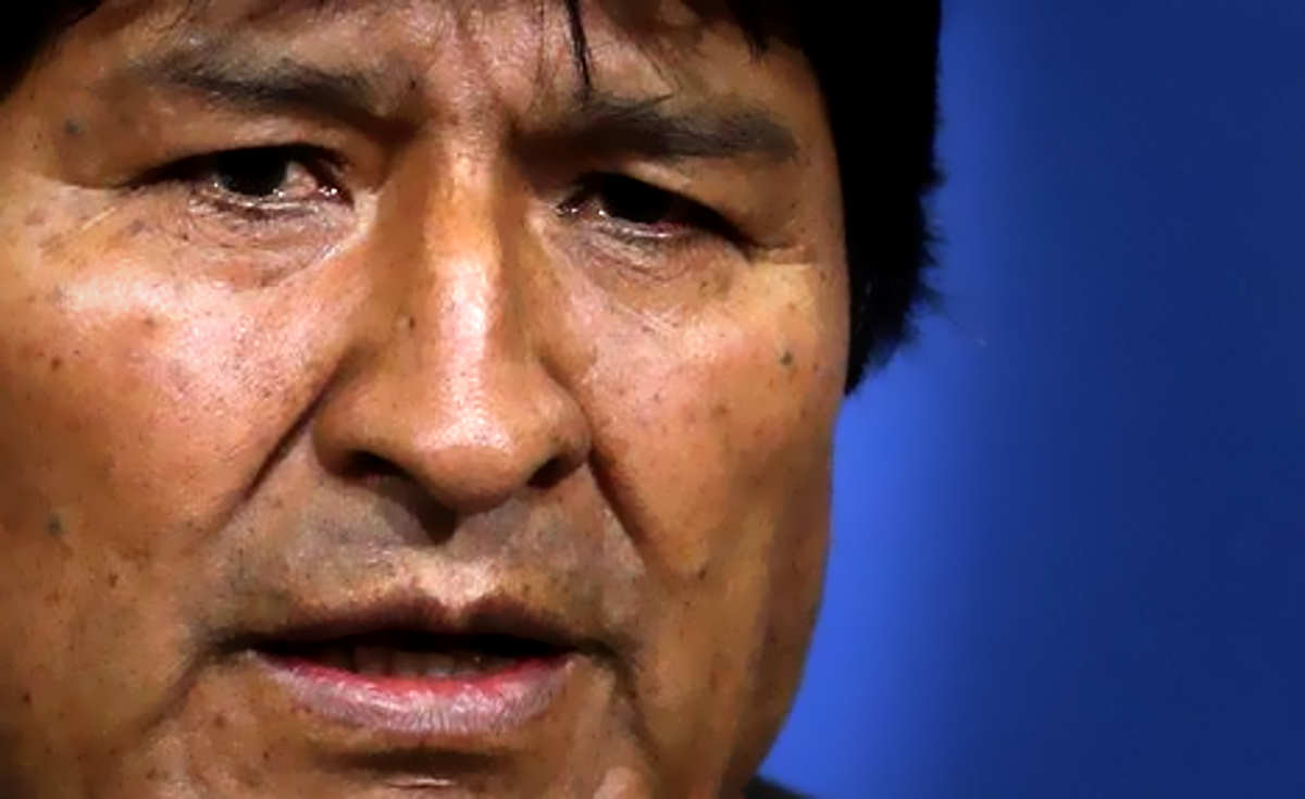 Bolivia, il presidente Morales si è dimesso: un colpo di Stato mascherato?