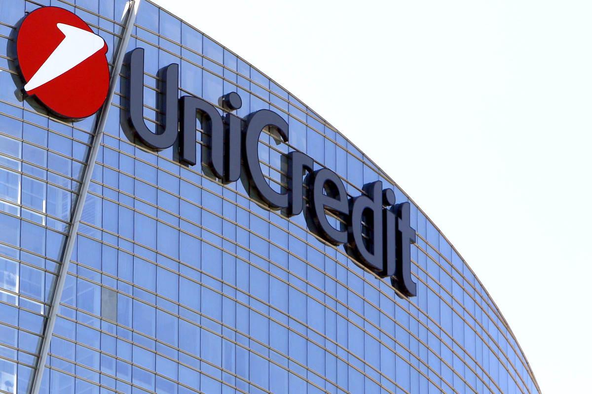 Unicredit taglierà 500 filiali e 8mila dipendenti, in gran parte in Italia