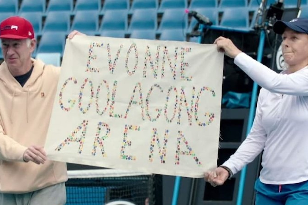 Martina Navratilova e John McEnroe contro la 'zia pazza' omofoba e razzista del tennis Margaret Court