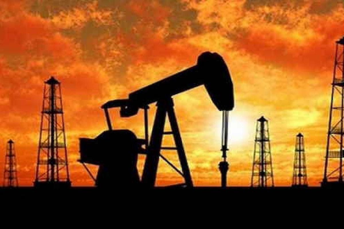Investitori timorosi e la quotazione del petrolio affonda