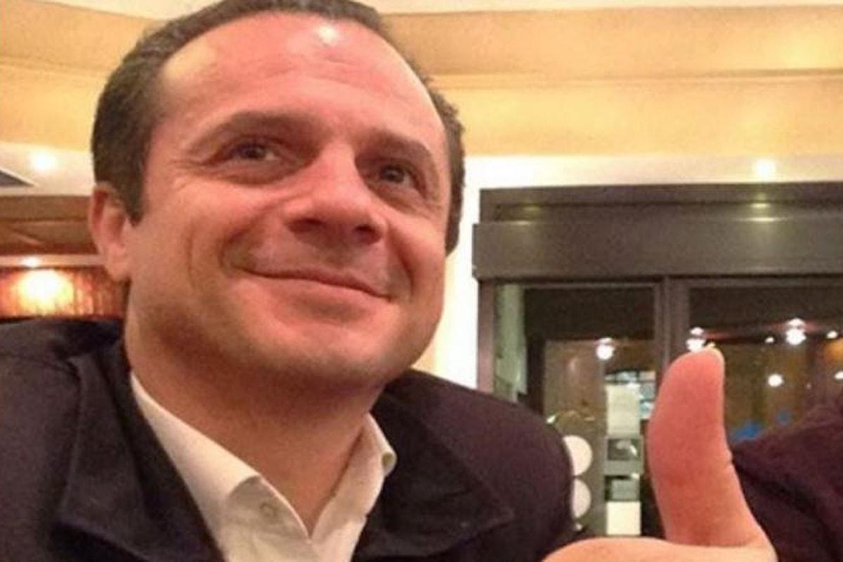 Il super sindaco di Messina Cateno De Luca diventa Robocop   Video