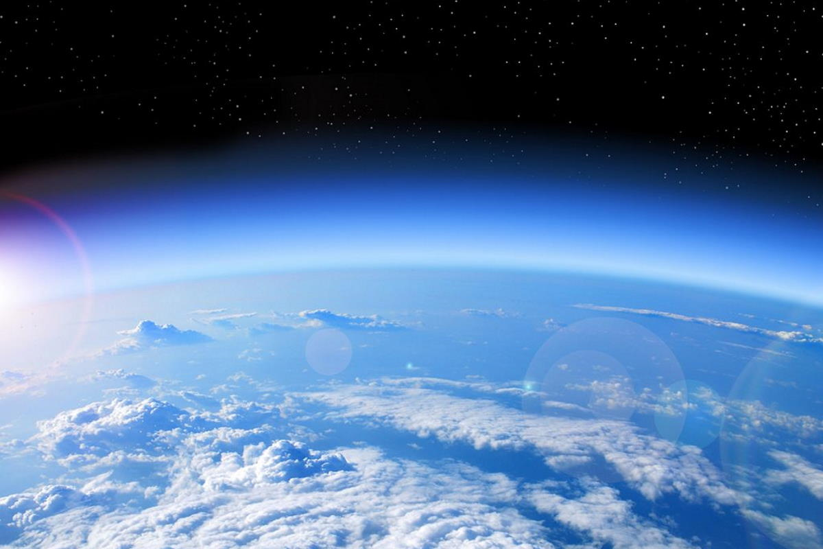 Coronavirus, un dramma per l'uomo mentre la terra stia iniziando a guarire: lo strato di ozono sta migliorando