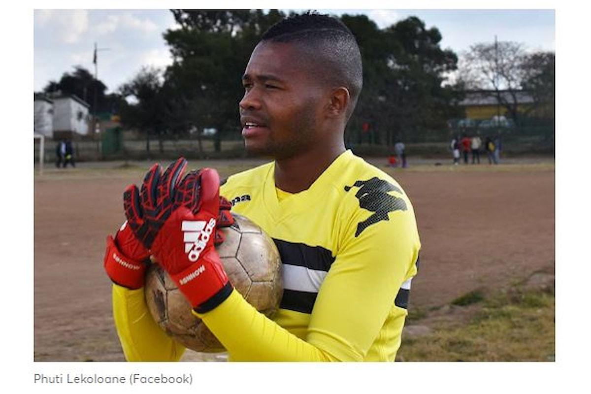 Calcio e omofobia. La storia di Phuti Lekoloane calciatore gay
