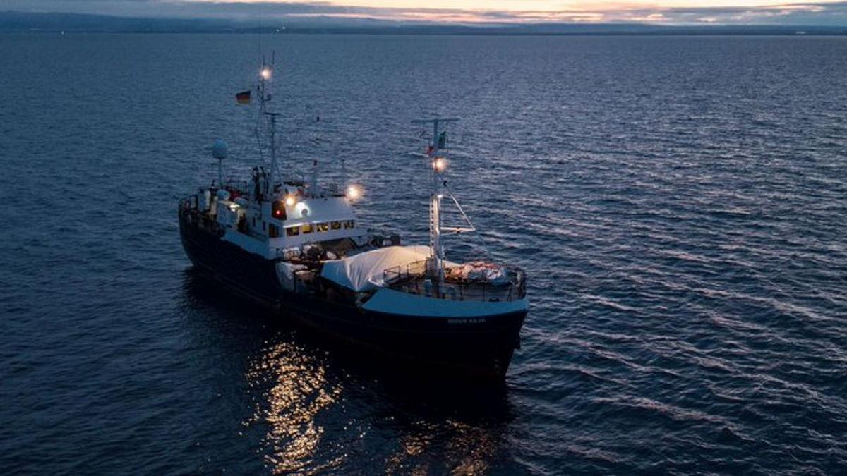 Sarebbero in salvo gli occupanti di 2 delle 4 barche segnalate in difficoltà da Alarm Phone