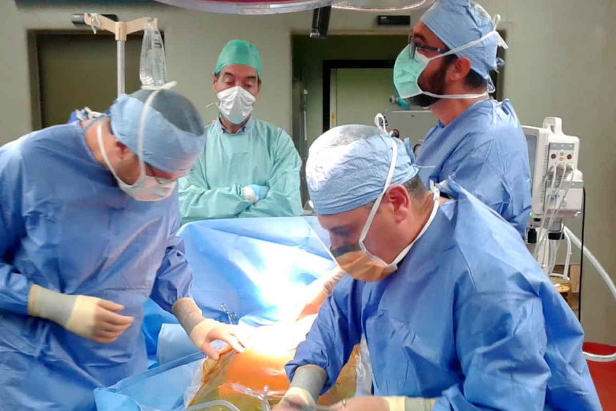 Trapiantati i polmoni ad un ragazzo di 18 anni con i polmoni distrutti dalla Covid-19