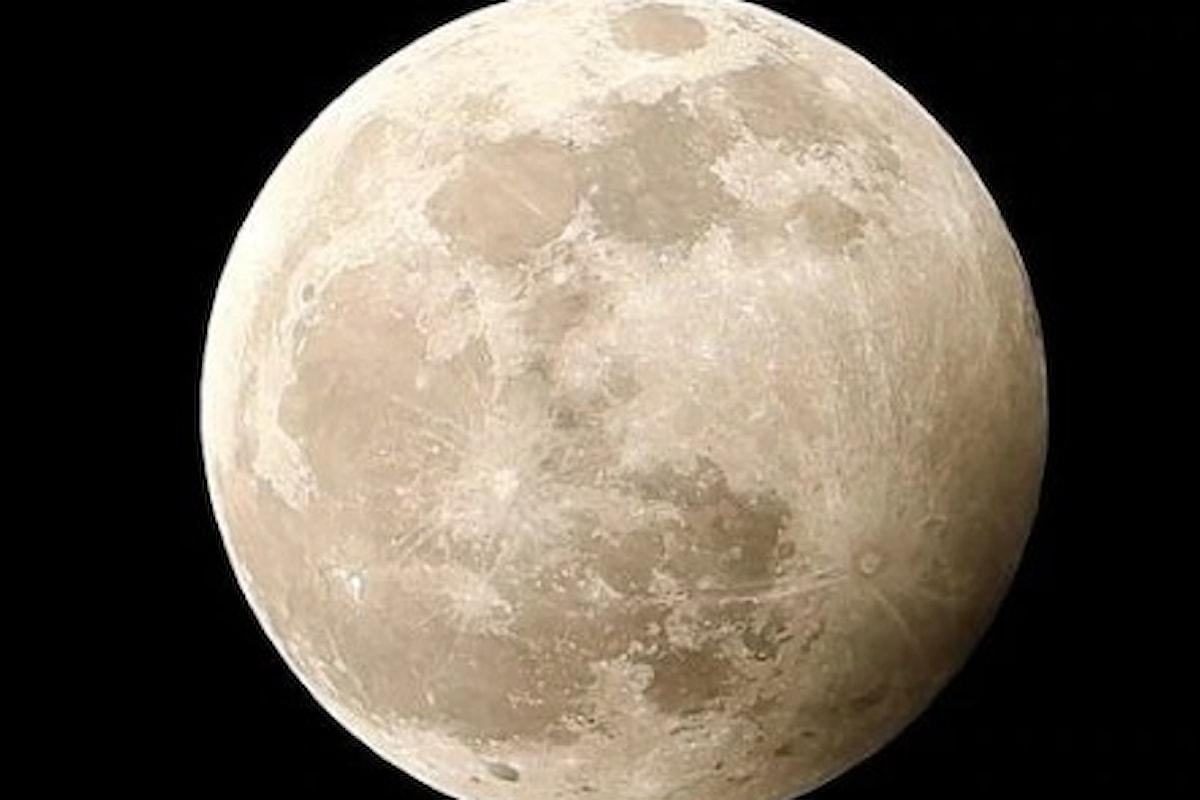 Questa sera la Luna nella penombra terrestre