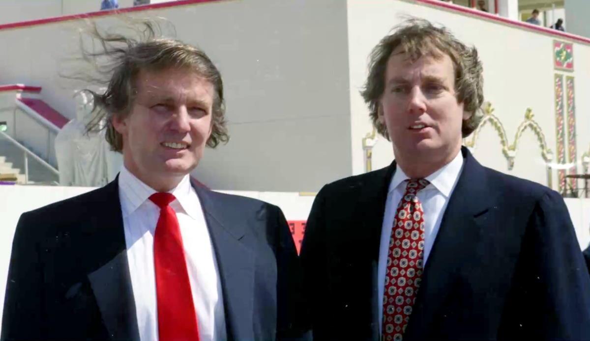È morto il fratello minore di Donald Trump, Robert. Aveva 71 anni