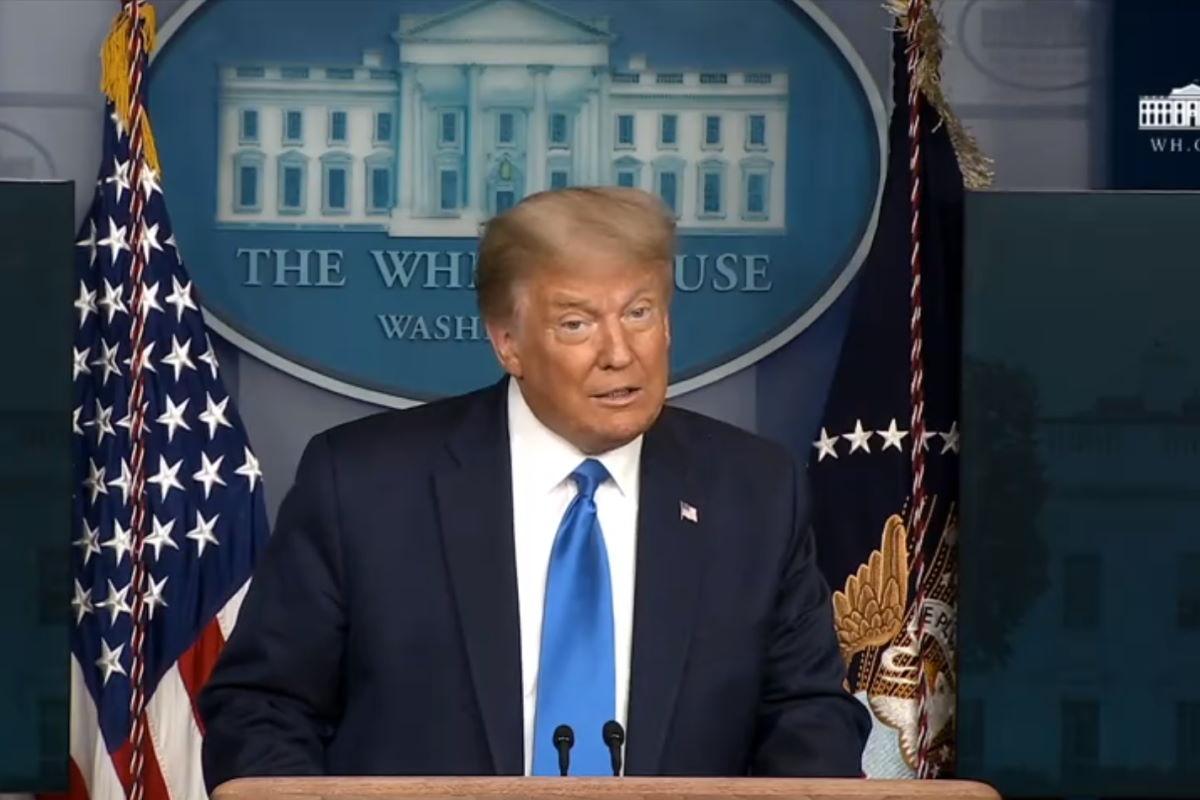 Trump: passaggio dei poteri dopo il 3 novembre? Prima devo vedere cosa succede