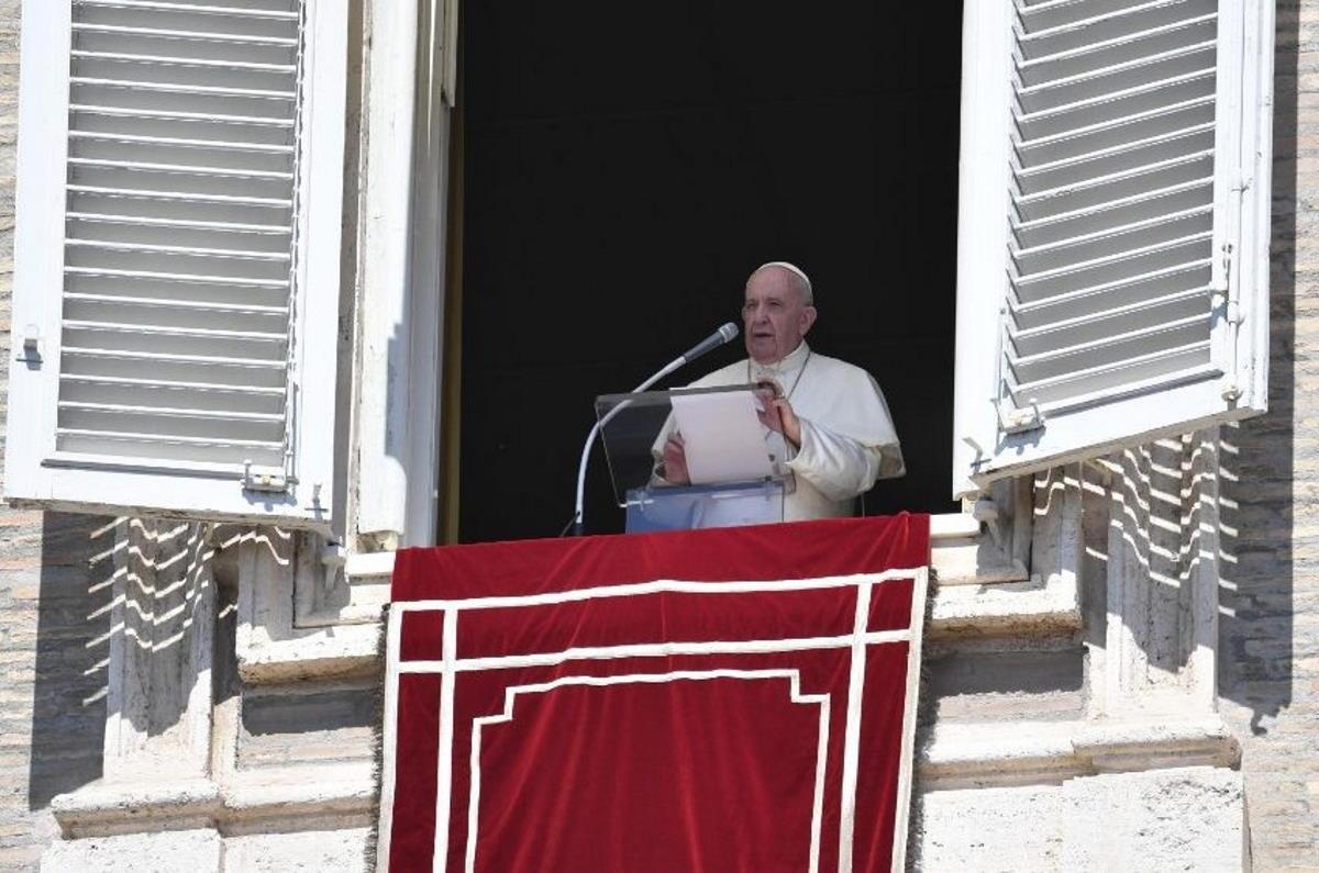 Papa Francesco: Il chiacchiericcio è una peste più brutta del Covid!
