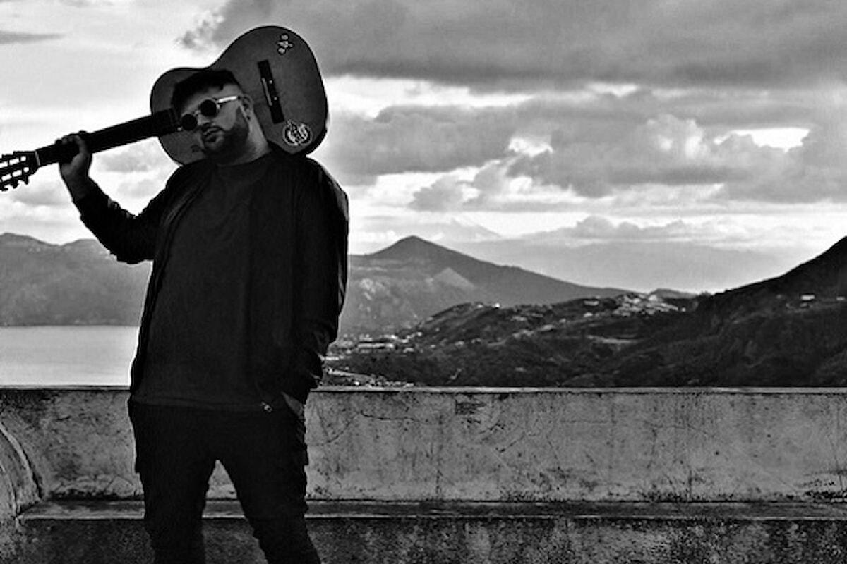 """Lipari (ME) - Presentato """"Falling"""", il nuovo brano di Bobby"""