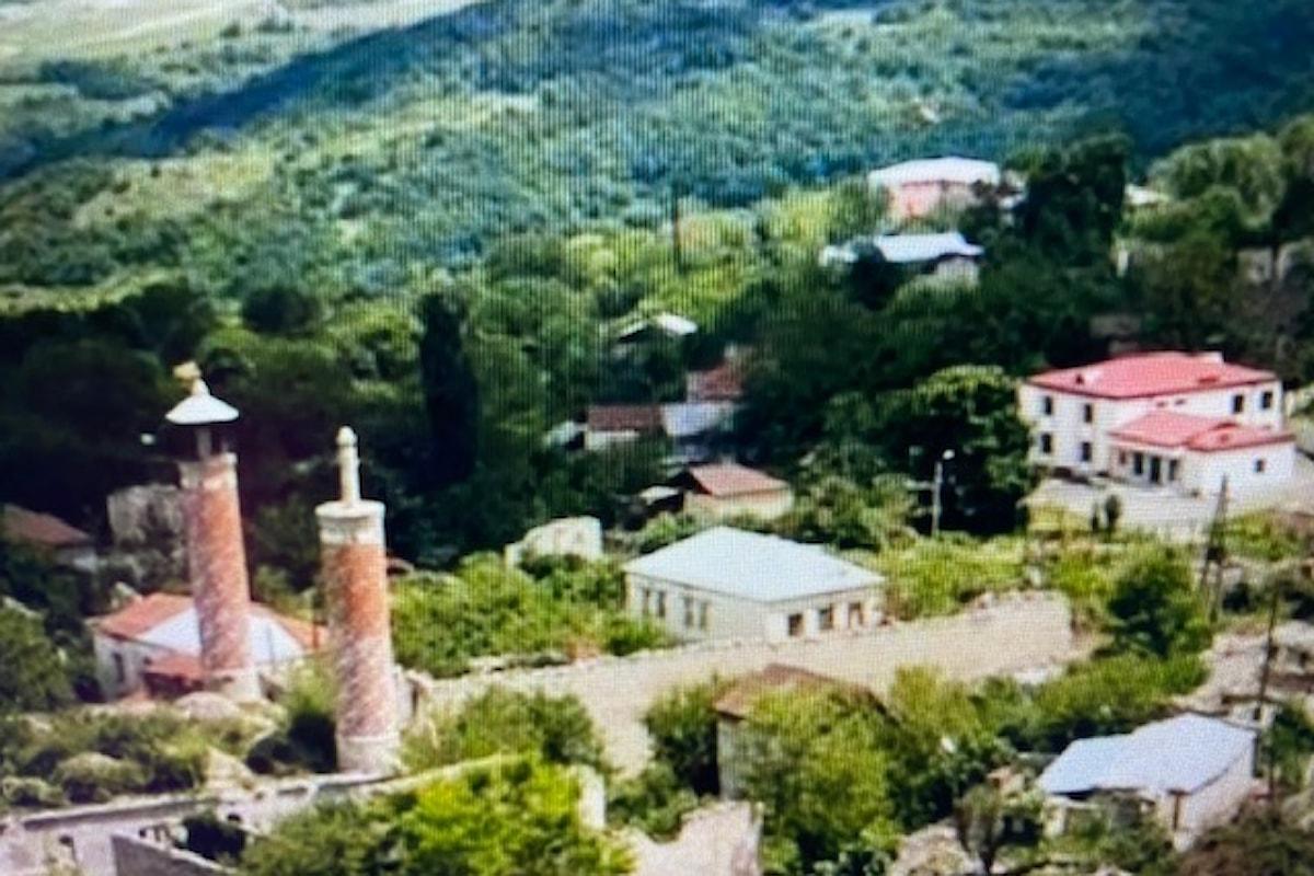 Le forze armate azere hanno liberato l'antica città di Shusha