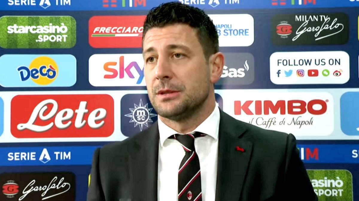 Serie A, il Milan batte il Napoli in trasferta e si porta in vetta alla classifica con 20 punti