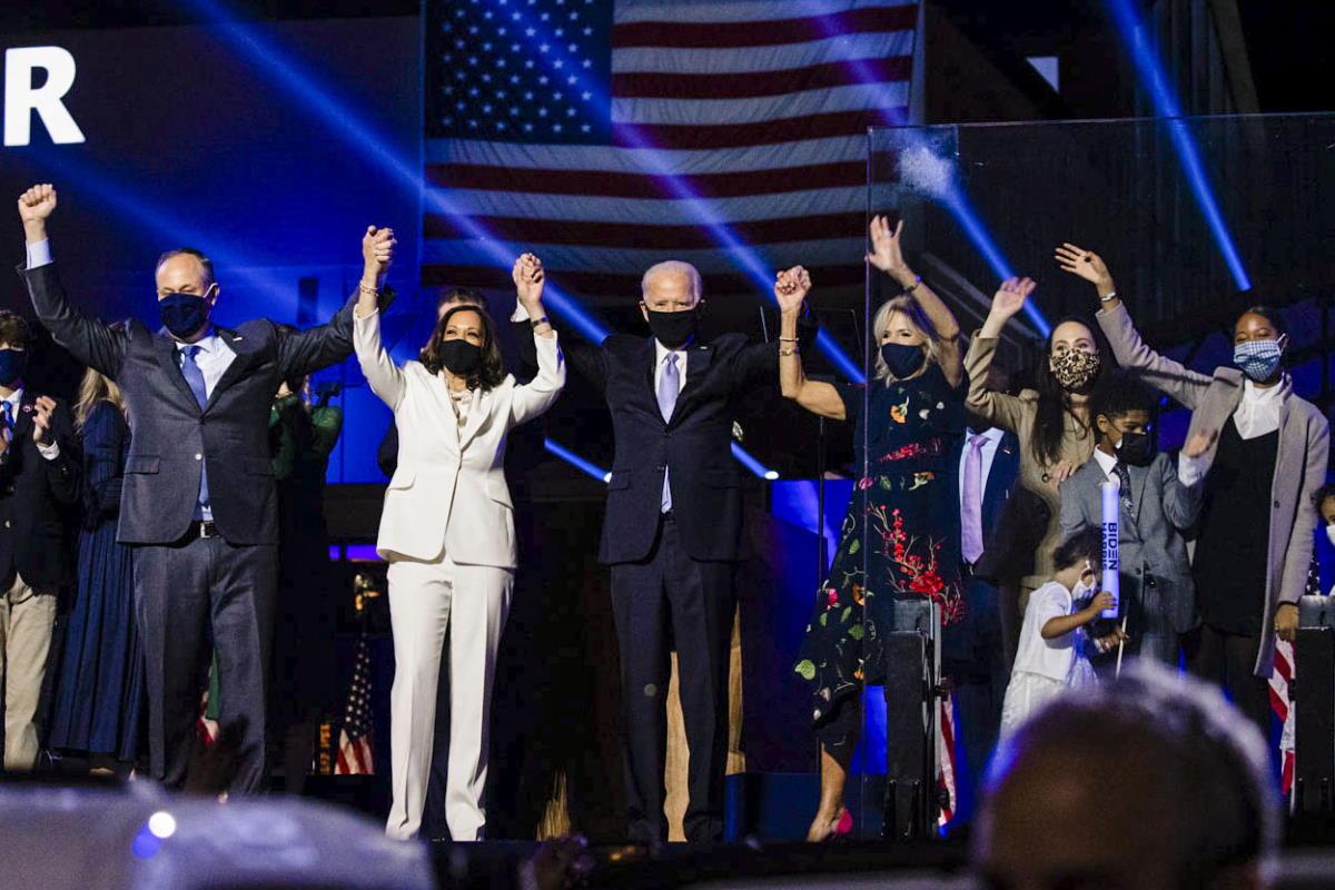 Dopo il voto dei grandi elettori Biden è (quasi) ufficialmente il nuovo presidente degli Stati Uniti