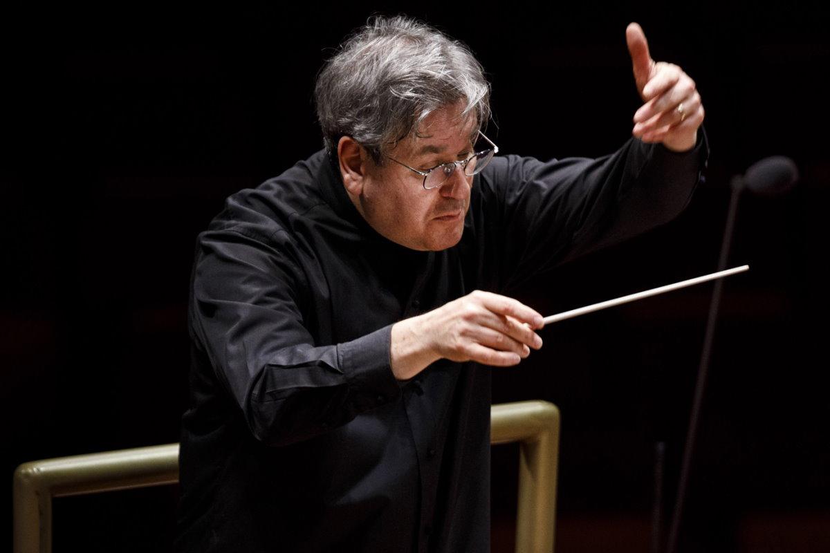 Musica: sarà trasmesso in live streaming il Requiem Tedesco di Brahms eseguito da Pappano con l'orchestra e il coro di Santa Cecilia