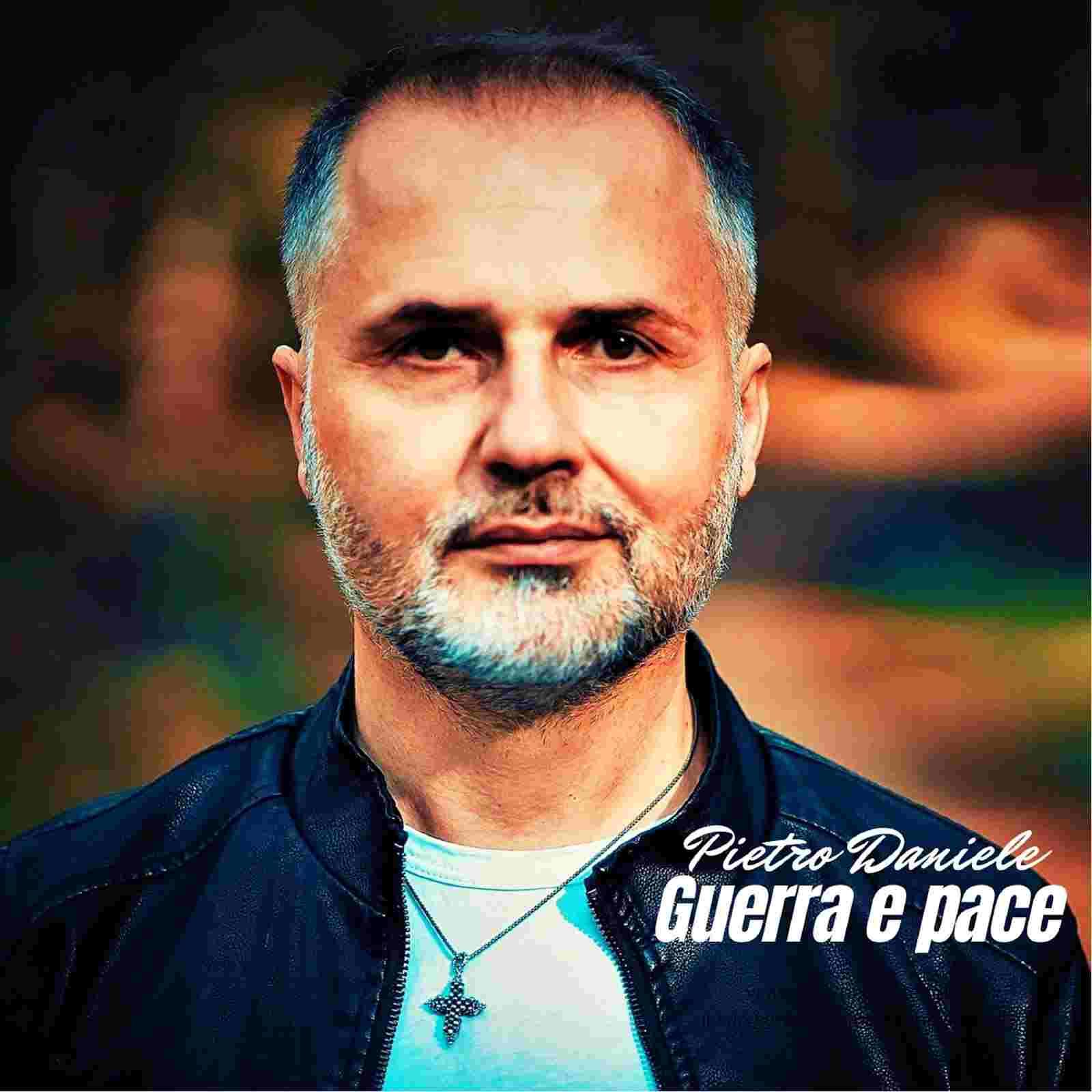 """PIETRO DANIELE, """"Guerra e pace"""" il nuovo singolo del cantautore napoletano"""