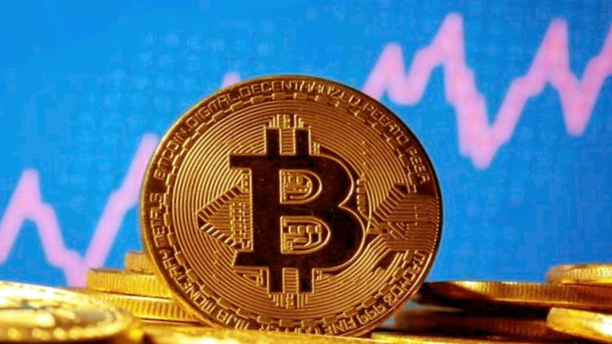 Tesla annuncia di aver acquistato Bitcoin per 1,5 miliardi di dollari e la quotazione della criptovaluta aumenta del 17%
