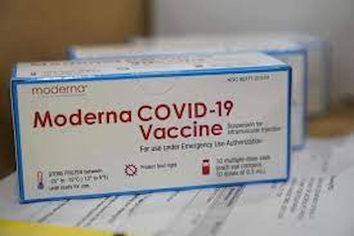 A Napoli distribuiti ai primi 20 medici di medicina generale i vaccini Moderna da somministrare presso i loro studi
