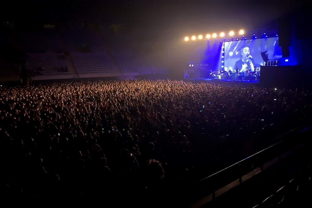 Concerto-esperimento a Barcellona con 5000 persone: solo 2 contagi
