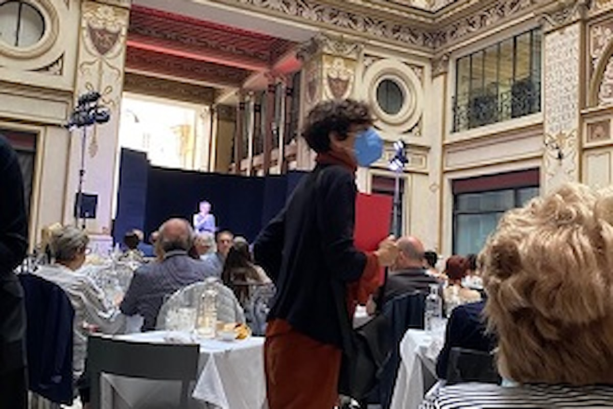 """""""A cena col Belcanto"""". 24 luglio: Teatro Quirino in Galleria Sciarra a Roma, tra arte ed enogastronomia"""