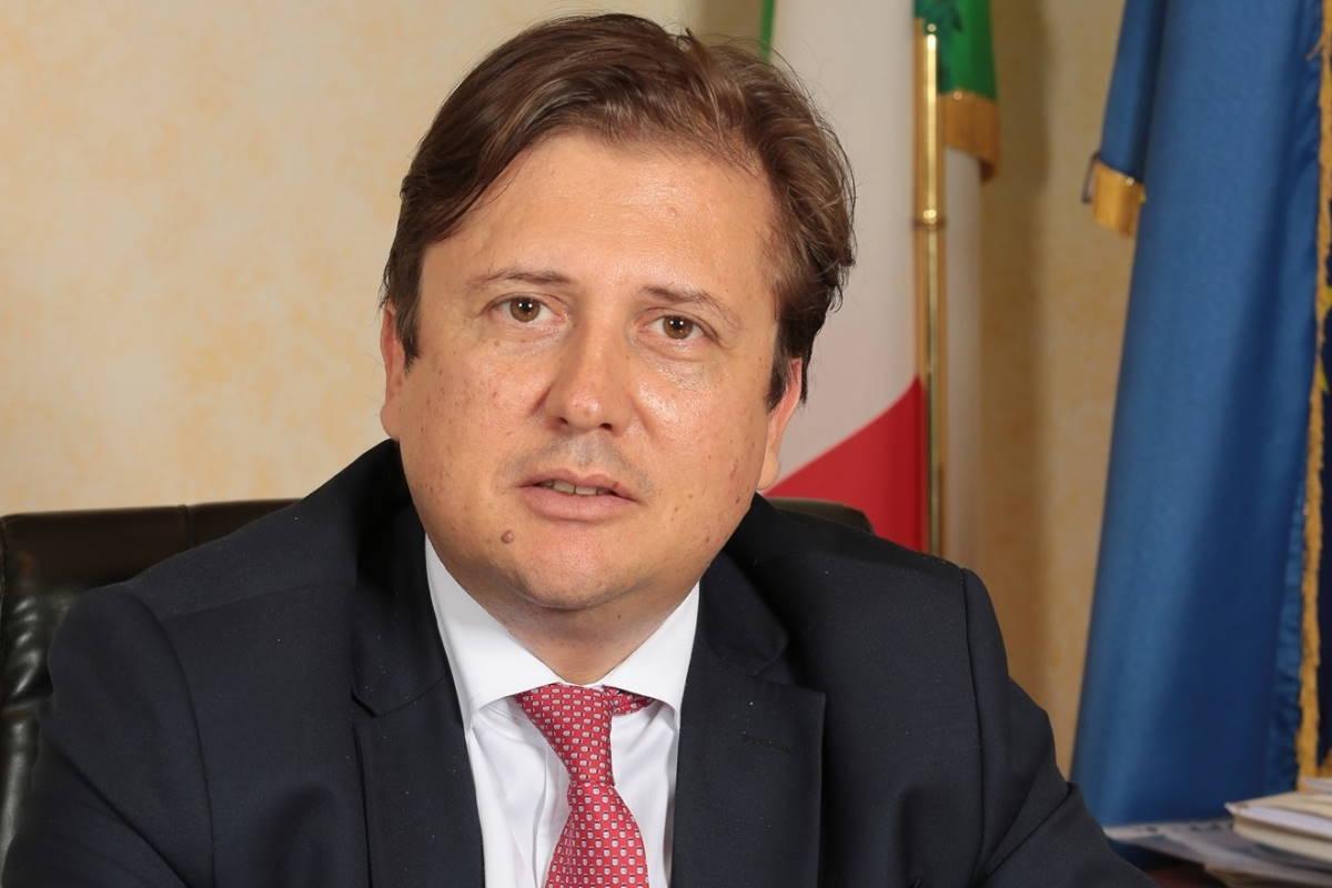Sileri: anche in Italia applichiamo le stesse regole imposte dalla Francia