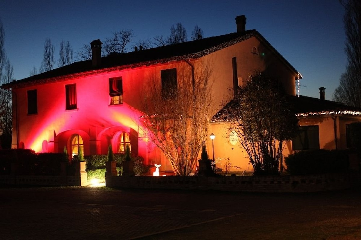 Villa Solarola Country House, spazio per eventi e pool party a Castel Guelfo (Bologna)