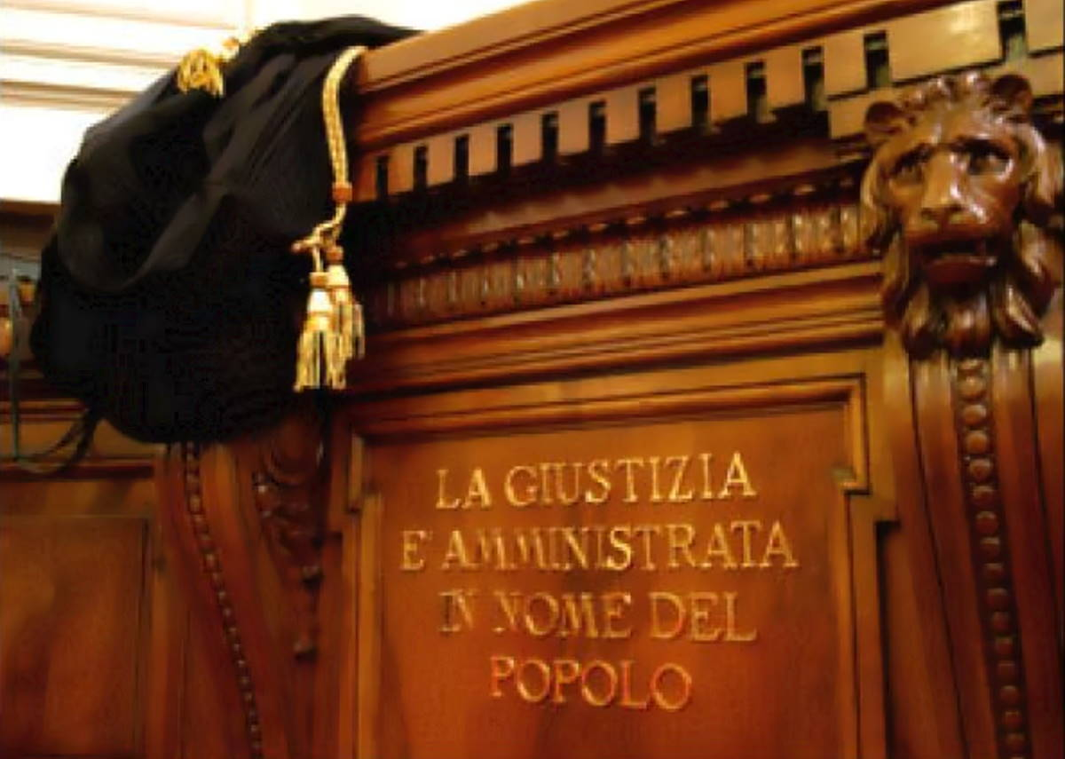 In nome del popolo italiano (seconda parte)