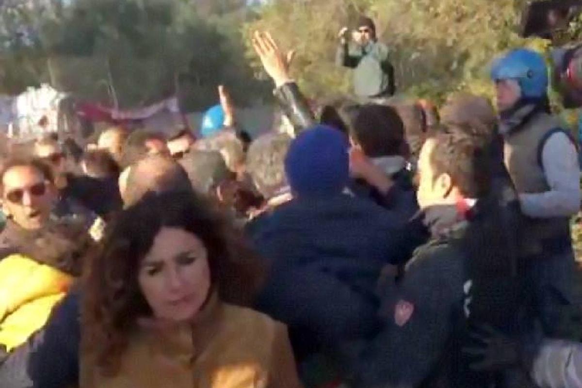 TAP, l'espianto degli ulivi continua insieme alle proteste della popolazione locale