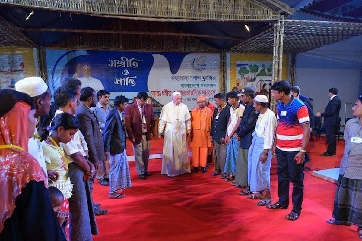 Papa Francesco chiede perdono ai Rohingya a nome di tutti quelli che li hanno perseguitati
