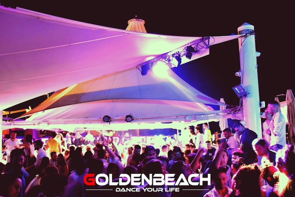 Golden Beach Albisola (SV) - 1/6 Musica&Magia con Franchino, 2/6 The Golden Show con Joanna Martes Vidal
