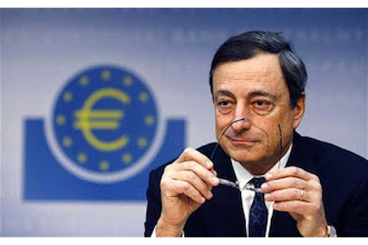 Euro da record contro il dollaro, ma Draghi tace