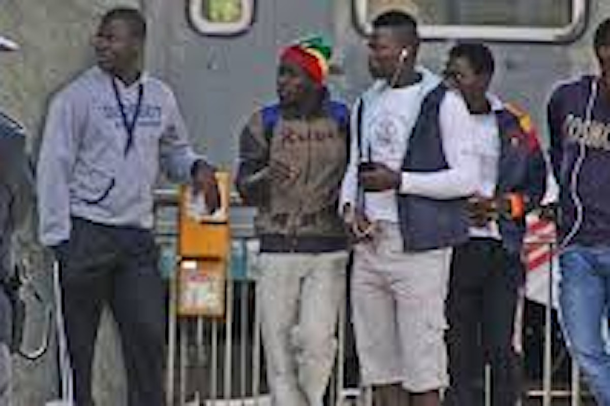 Cagliari, emergenza sbarchi migranti. I poliziotti: Così non si può più andare avanti