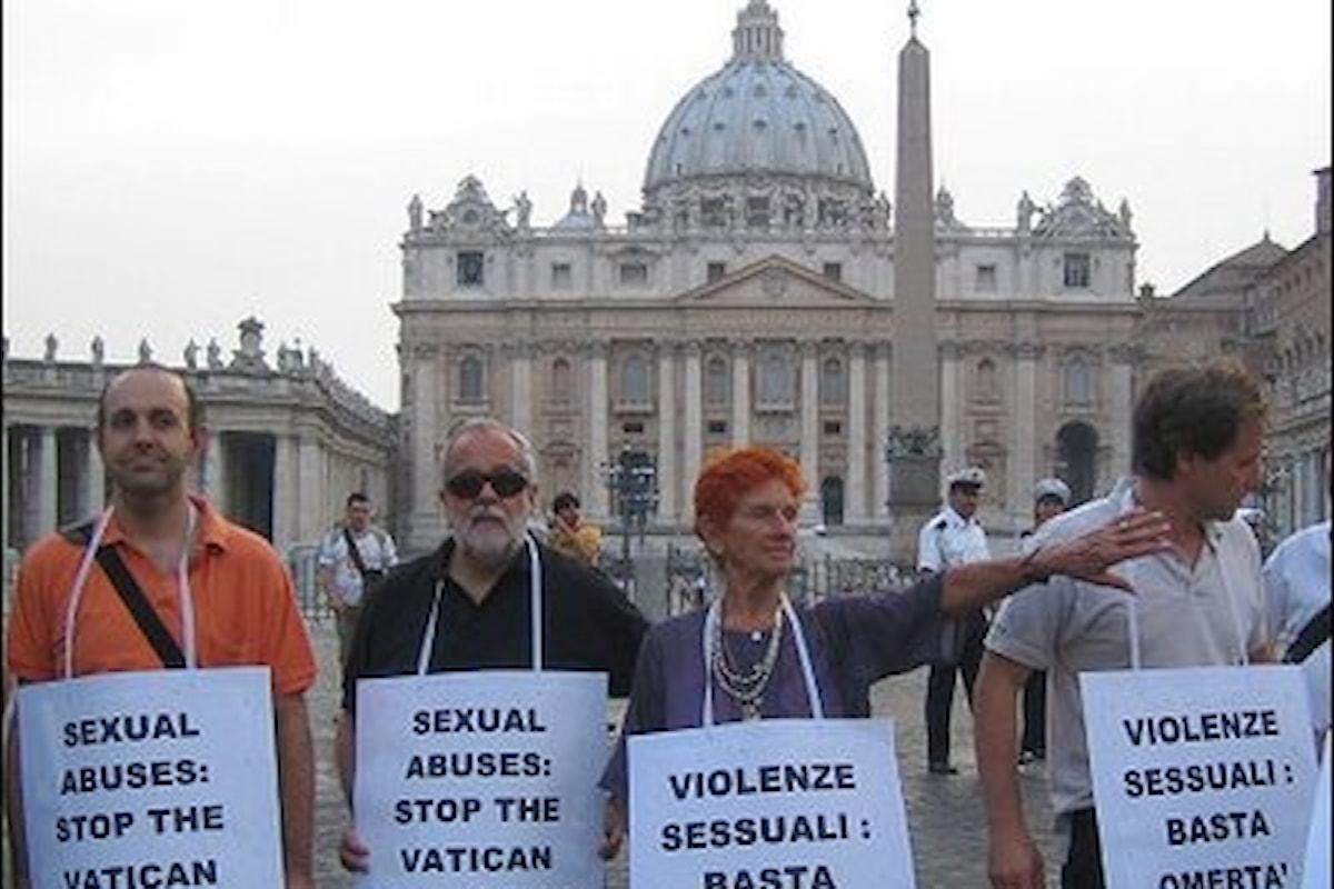 Rete L'Abuso: Papa Francesco chiede umilmente perdono alle vittime dei preti pedofili ma non risponde ai loro appelli.