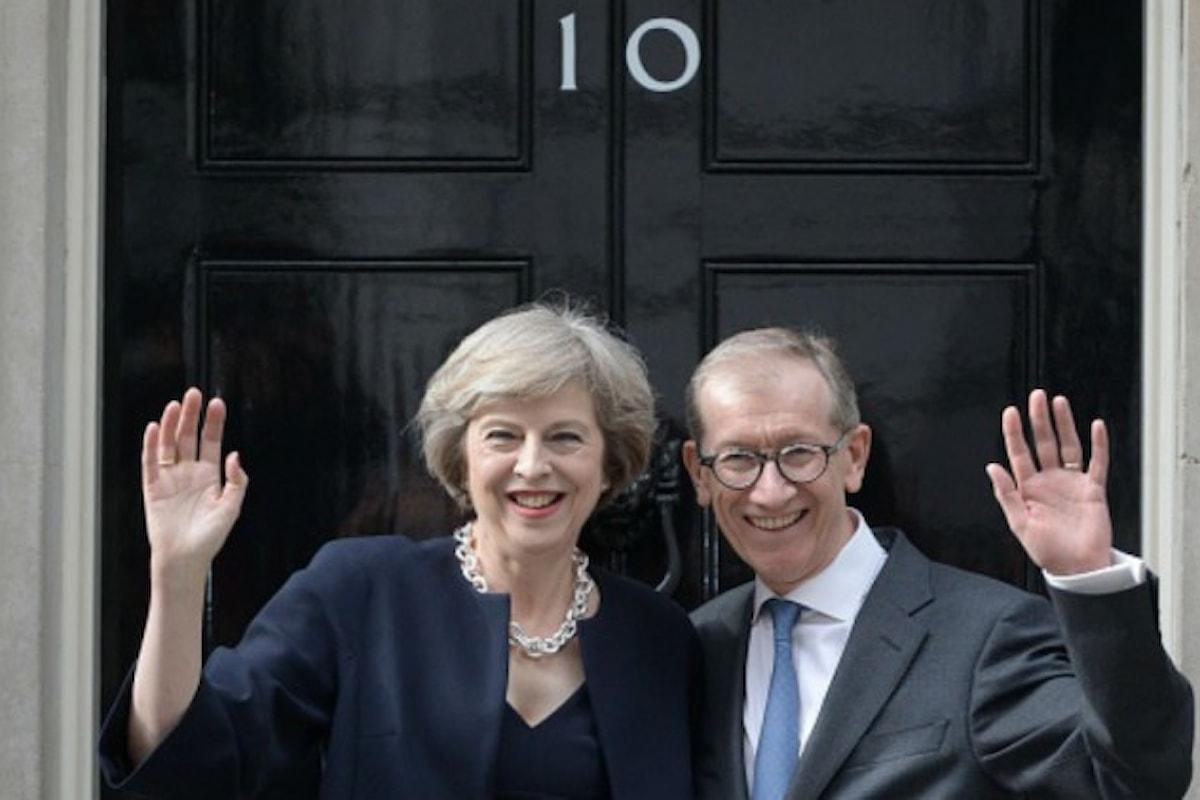 Rimpasto di governo per Theresa May. Boris il gaffeur agli Esteri