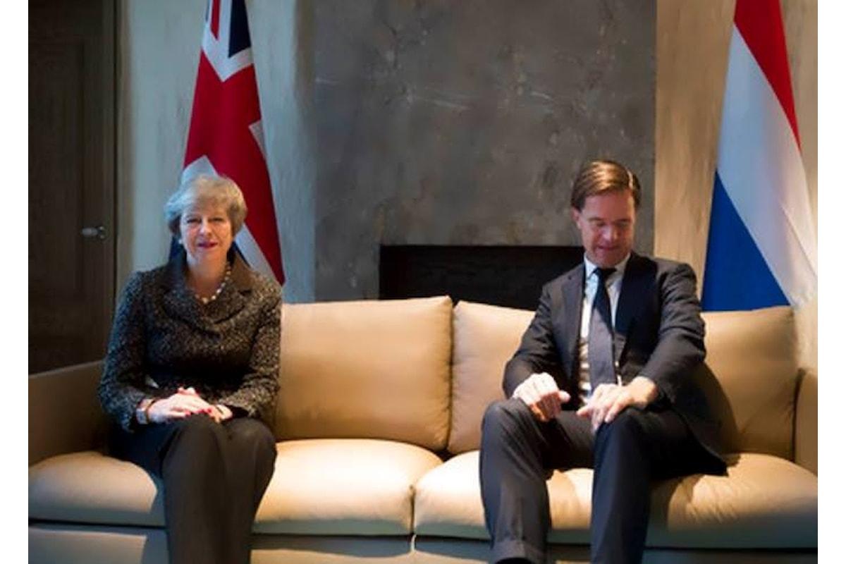 La May ci ha ripensato e adesso chiede all'Europa di rivedere l'accordo sulla Brexit