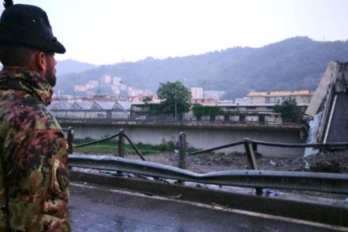 Genova, gli Alpini della Taurinense presidiano la zona rossa sotto al Ponte Morandi