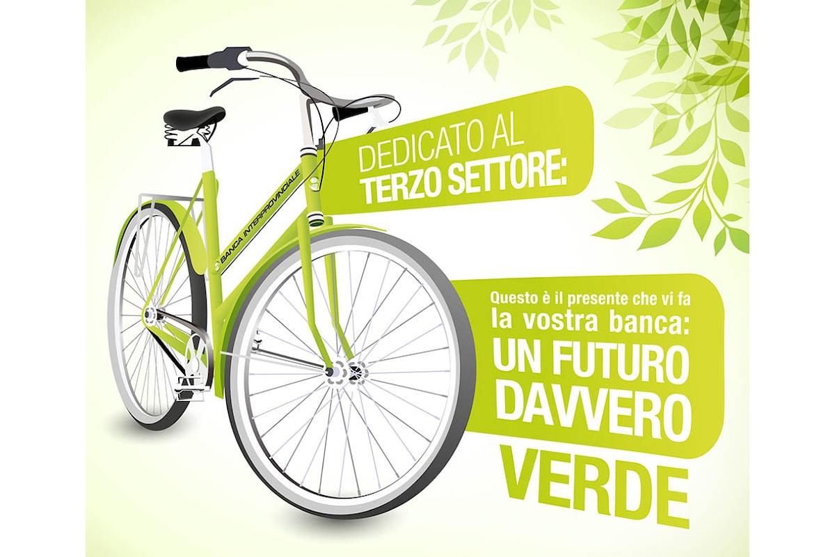 Tornano le biciclette verdi di Banca Interprovinciale. Nella nuova filiale di Reggio Emilia la prima consegna del 2018