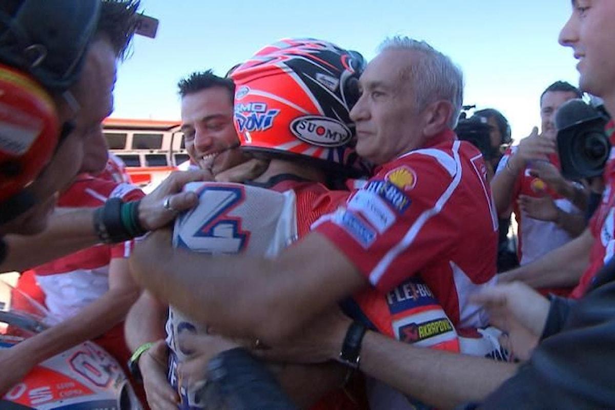 MotoGP 2018, nelle libere di Le Mans miglior tempo di Dovizioso che festeggia così il suo rinnovo con la Ducati