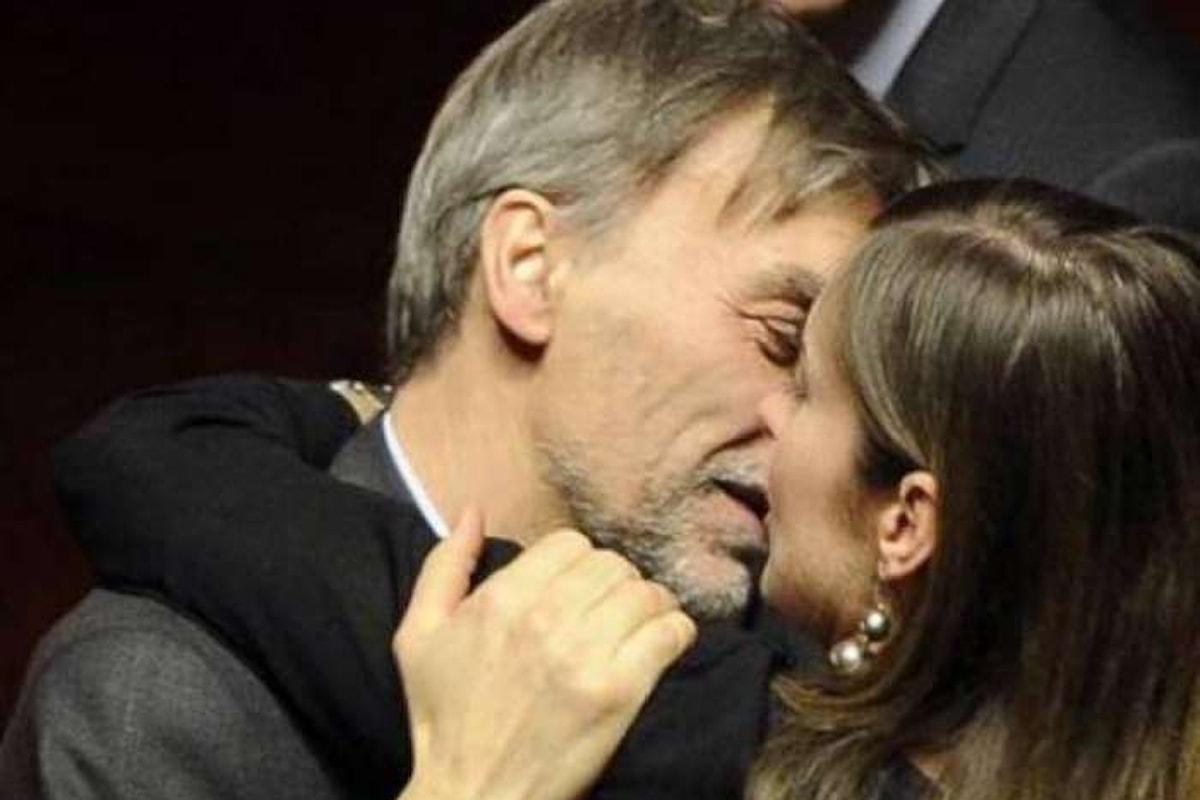 Per salvare la Boschi adesso scendono in trincea Renzi ed i renziani... inutilmente!