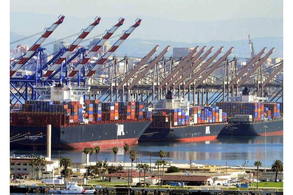 Pechino risponderà ai nuovi dazi imposti da Trump su 200 miliardi di dollari di beni importati dalla Cina