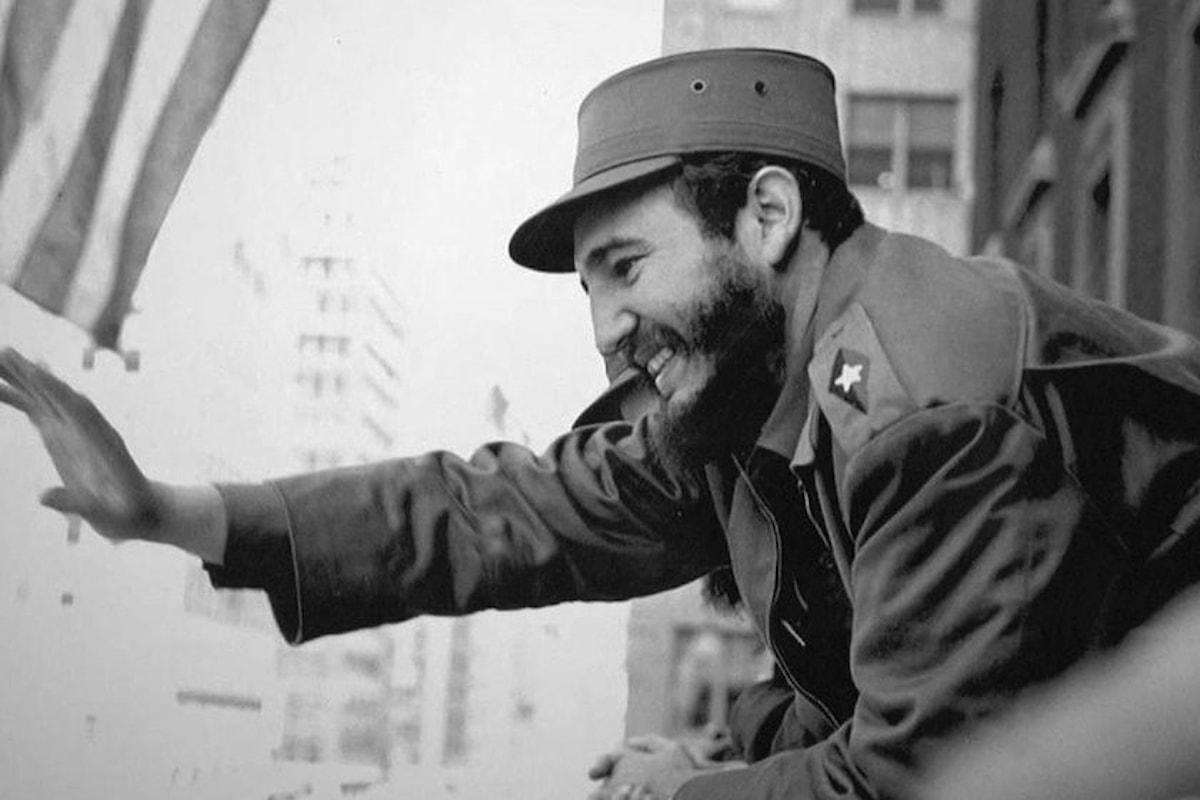 Fidel Castro compie 90 anni in una Cuba prossima a grandi cambiamenti