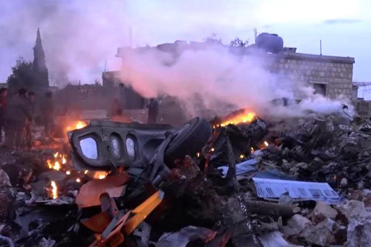 Abbattuto un SU-25 nei pressi di Idlib, è il segnale di nuovi sviluppi della guerra in Siria?