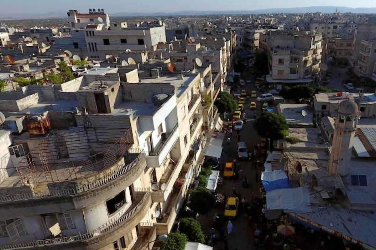 La Siria vuole liberare Idlib dagli insorti, ma un attacco su larga scala causerebbe una catastrofe umanitaria