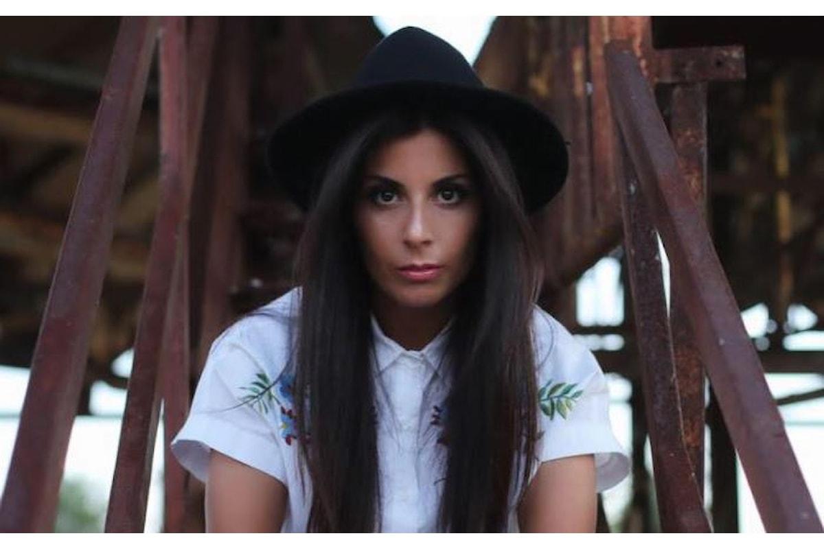Sola si sta bene, in radio il nuovo singolo di Giada D' Auria